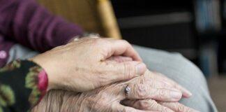 Wiek jest czynnikiem ryzyka osteoporozy